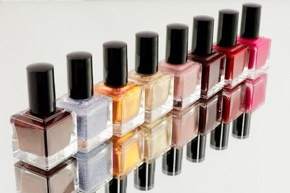 Middle manicure 5ee7d54b4f 1280