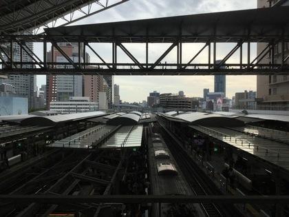 大阪駅の駅構内