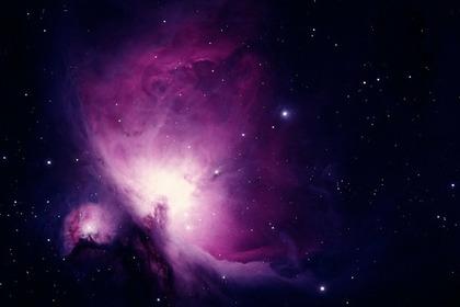 紫色の宇宙