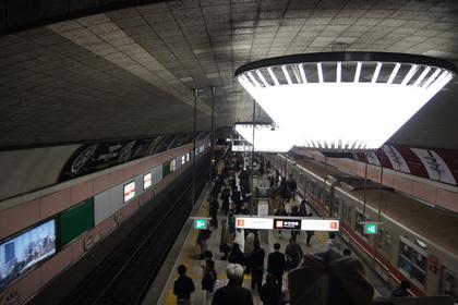 心斎橋駅構内