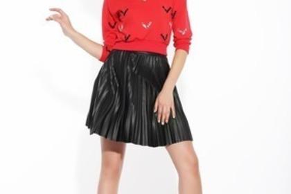 Middle fashion 51e4d3454d 1280