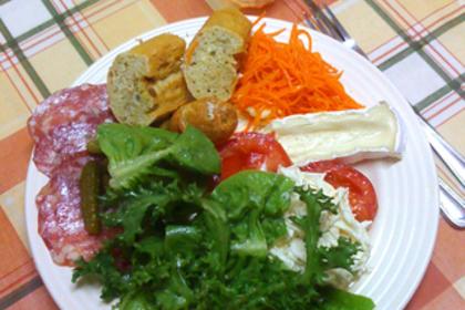 キャロットラペのサラダ