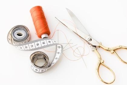 ハサミと裁縫道具