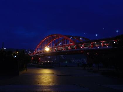 神戸大橋のライトアップ