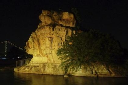 絵島のライトアップ
