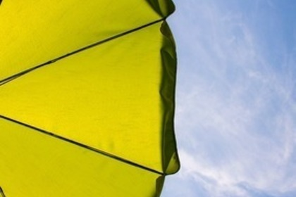 Middle parasol 54e3d3404b 1280