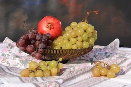 果物と敷物