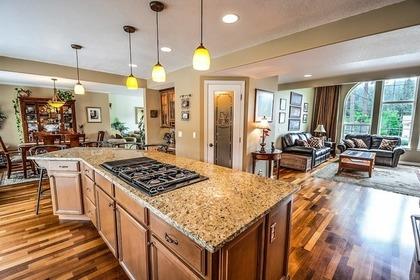 Middle kitchen 54e4dd454a 1280
