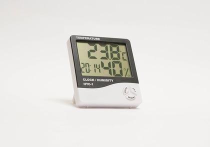 デジタルの温度計