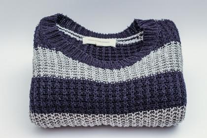 毛糸のセーター