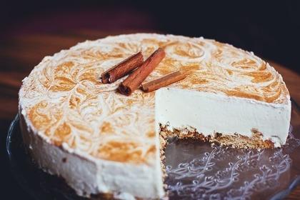 クリームチーズで作ったケーキ