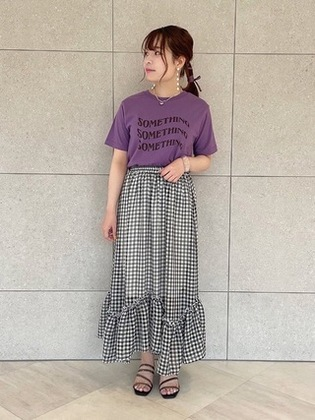 紫トップス×スカート