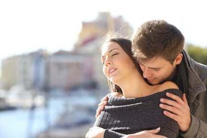 愛情表現を求める男性
