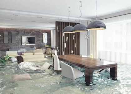 津波でびしゃびしゃの部屋