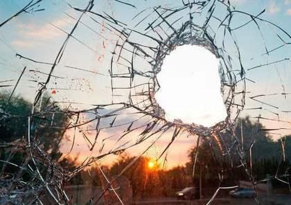 割られた窓