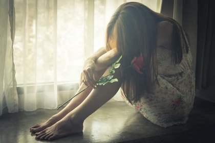 不安や悲しみを抱えている