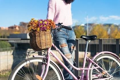 カゴ付きの自転車