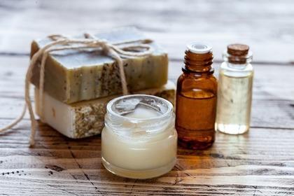 石鹸と乳液
