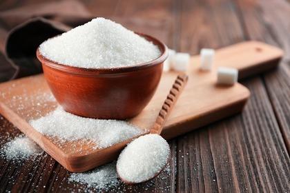 山盛りの砂糖
