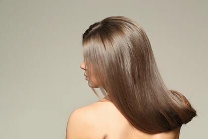 綺麗な髪の女性