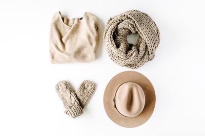 帽子を選ぶ