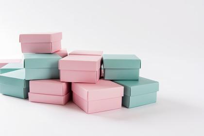 青とピンクのボックス
