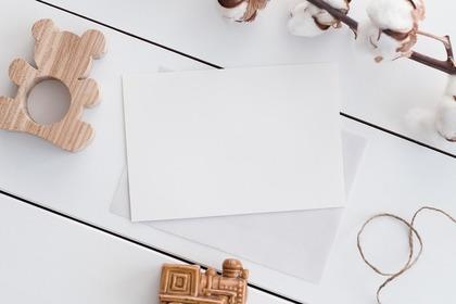 シンプルな紙