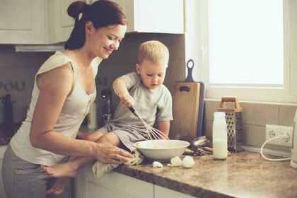 幼児とお母さん