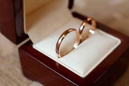 シンプルな指輪