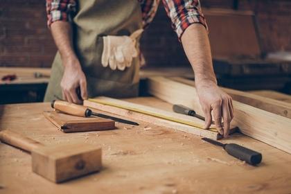 木材でDIYする人