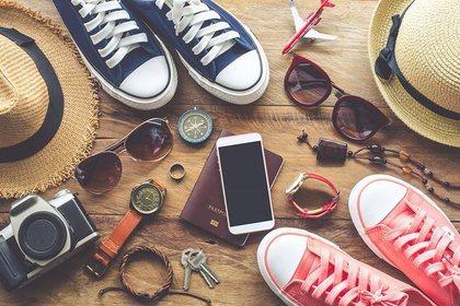 パスポートと靴や小物