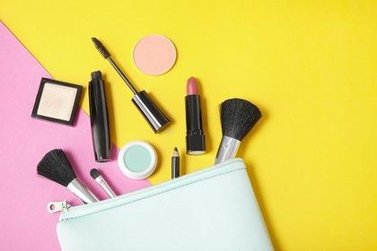 イエローとピンクと化粧品