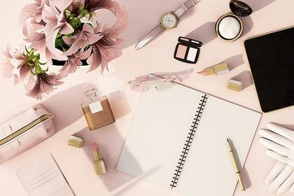 文房具と化粧品